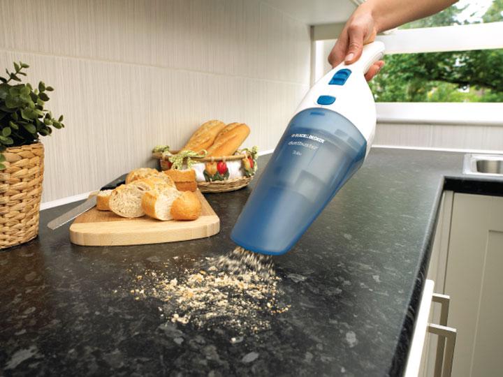 Opter pour un aspirateur à main afin de faciliter la vie en cuisine